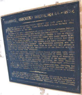 Dakota (Sioux) Memorial – 1862 Historical Marker