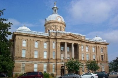 Clay County Courthouse image, Click for more information