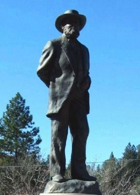 Close-Up of the Schuyler Colfax Statue on Monument image. Click for full size.