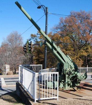 90 mm M-2 Anti-Aircraft Gun Photo, Click for full size