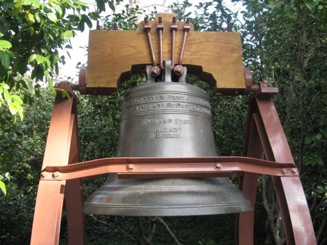 Liberty Bell Replica Photo, Click for full size