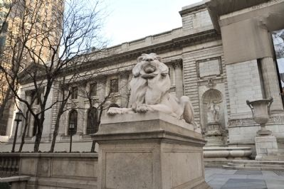 Dangerous Lion Guarding the Library Photo, Click for full size