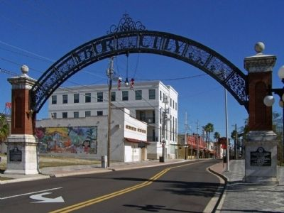 Ybor City Historic District Gateway Marker image. Click for full size.