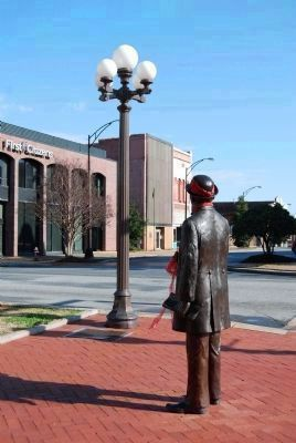 William Church Whitner Statue<br>and Antique Streetlight Photo, Click for full size