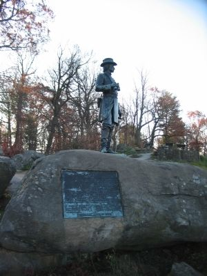 Warren Statue image. Click for full size.