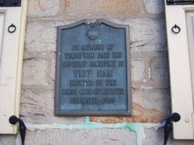Viet Nam Plaque Photo, Click for full size