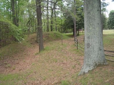 Confederate Fortifications at Chickahominy Bluff image. Click for full size.