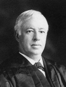 Joseph R. Lamar, Associate Justice image. Click for full size.