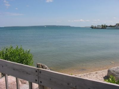 St. Ignace Shoreline image. Click for full size.