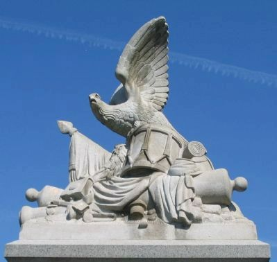 Sculpture Atop the Monument image. Click for full size.