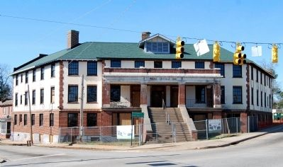 Ware Shoals Inn -<br>East Facade Facing Intersection of<br>Main Street, Greenwood Avenue, and US 25 Photo, Click for full size
