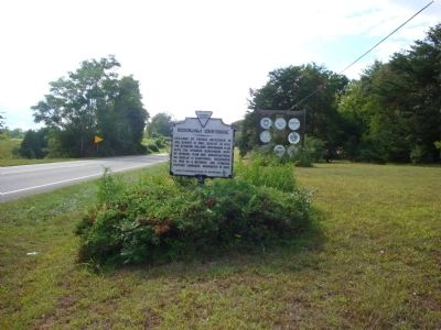 Wider View of Buckingham Courthouse Marker image. Click for full size.