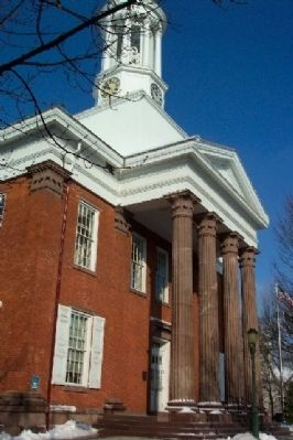 Carlisle Court House and Marker Photo, Click for full size