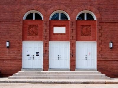 Erskine College -<br>Lesesne Auditorium Southeast Entrance Photo, Click for full size