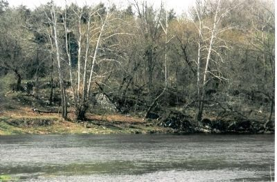 South abutment of the old Columbia Bridge, near Honeyville and Alma Photo, Click for full size