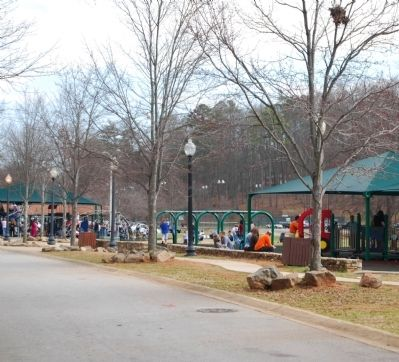 Cleveland Park Playground -<br>Parallel from the Zoo image. Click for full size.