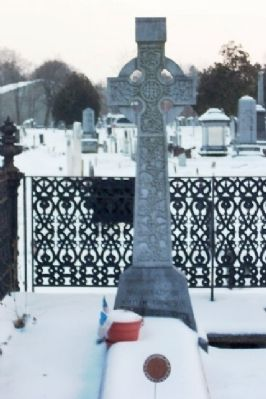 Celtic Cross on Brigadier General William Thompson's Grave Photo, Click for full size