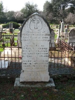Example of Headstone in Cemetery image. Click for full size.