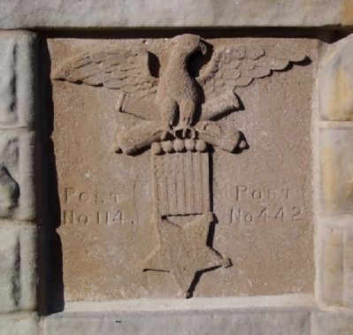 Kosciusko County Civil War Memorial G.A.R. Emblem Photo, Click for full size