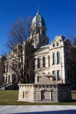 Kosciusko County Civil War Memorial Photo, Click for full size