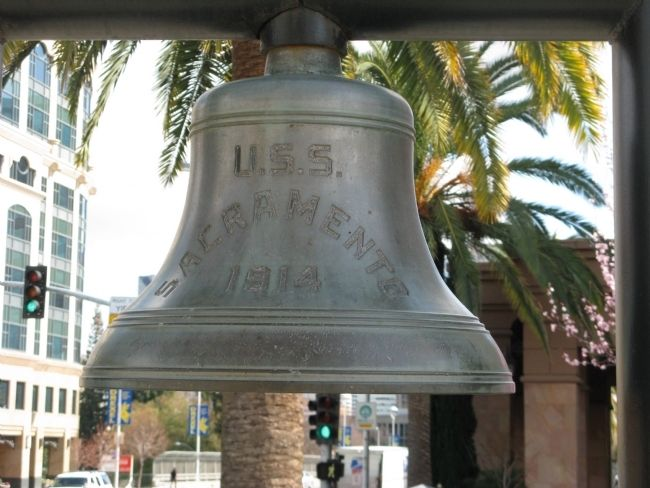 USS Sacramento (PG-19) Bell Photo, Click for full size