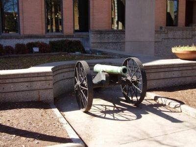 Courthouse Cannon (Old Reformer Cannon) image. Click for full size.