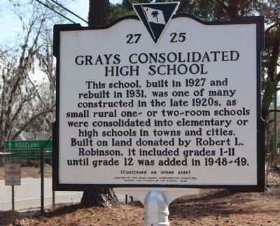 Grays Consolidated High School Marker image. Click for full size.
