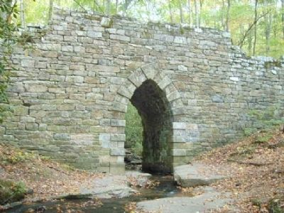 Poinsett Bridge (1820) image. Click for full size.