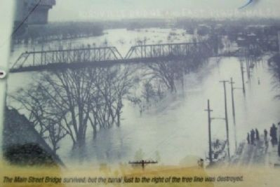 The 1913 Flood Photo on Marker image. Click for full size.