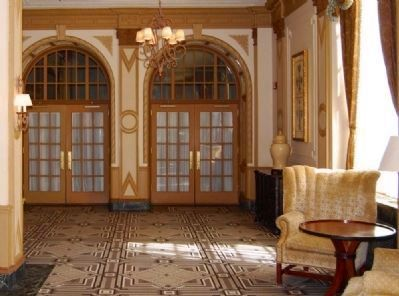 Interior Poinsett Hotel<br>Entry to Ballroom image. Click for full size.