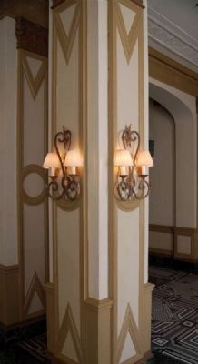 Interior Poinsett Hotel<br>Art Deco Column Photo, Click for full size