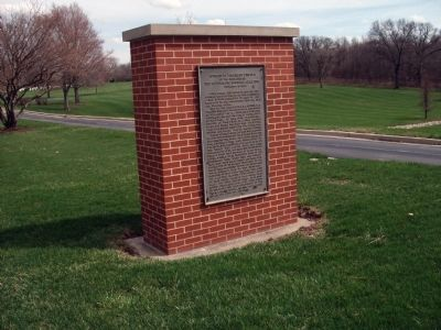 Left Front View - - Address by President Lincoln Marker image. Click for full size.