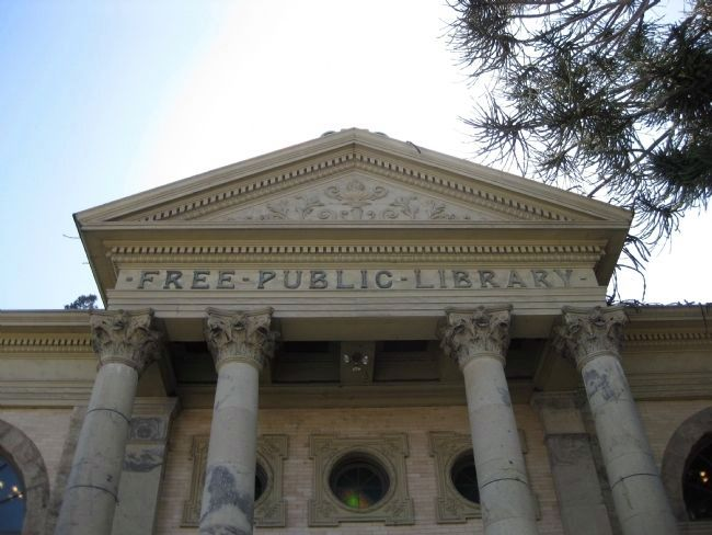 Petaluma Historical Library - Columns and Pediment Photo, Click for full size