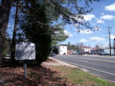 Scott's Law Office Marker south of Diwiddie Courthouse. image. Click for full size.