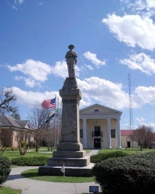 Dinwiddie Confederate Soldiers Monument. image. Click for full size.