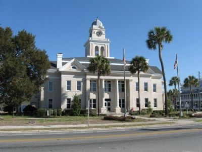 Lafayette County Courthouse, downtown Mayo image. Click for full size.