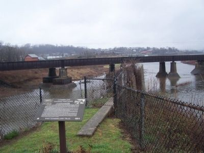 Wills Creek on left flowing into the Potomac River. image. Click for full size.