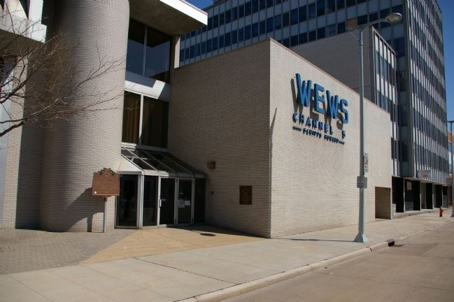 Marker location, in front of the WEWS studios Photo, Click for full size