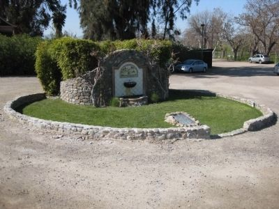 Joaquin Murrieta's Well and Marker image. Click for full size.