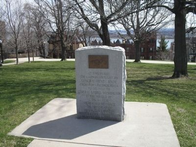 Marker at Dorchester Heights image. Click for full size.