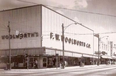 Woolworth&#39;s - Site of Sit-ins Protesting Racial Inequality<br>Corner of Main and Washington image. Click for full size.