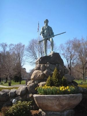 Minuteman Statue on Battle Green Photo, Click for full size