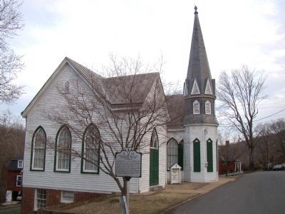 Woolen Mill Chapel (Riverside Baptist Church) and Marker image. Click for full size.