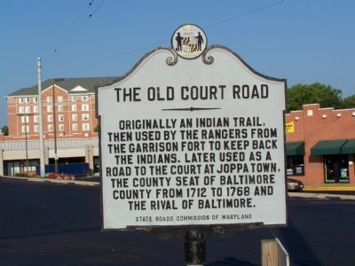 The Old Court Road Marker image. Click for full size.