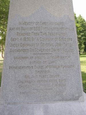 Chief Menominee Monument image. Click for full size.