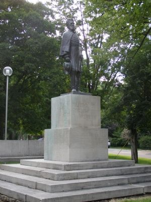 Statue of General Milroy image. Click for full size.