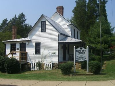 The Weems-Botts House / Museum image. Click for full size.