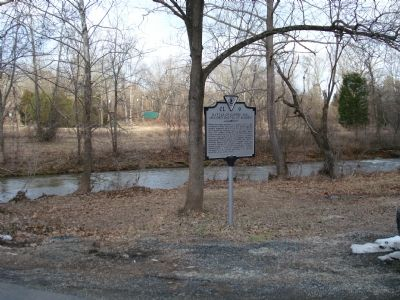 Wider view of Battle of Coffee Hill Marker image. Click for full size.