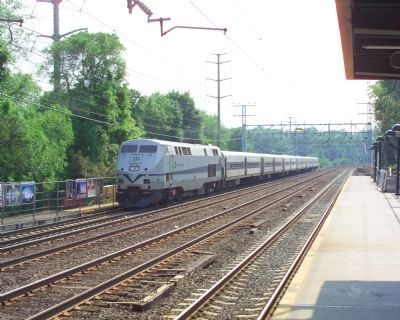 Metro North train Photo, Click for full size