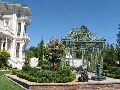 Gazebo and Garden image. Click for full size.